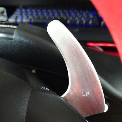 Les palettes 100% métal du Thrustmaster Ferrari 458 Spider Racing Wheel